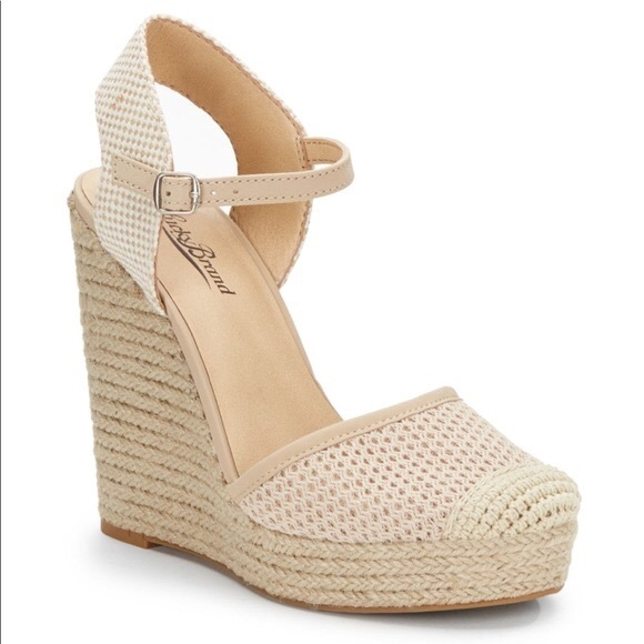 be6df79ef92 Lucky Brand Shoes - 🛍Lucky Brand REANDRA Espadrille Wedges